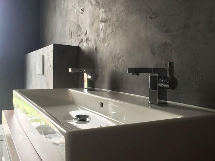 Kreativtechnik Wand von Badezimmer in Schömberg