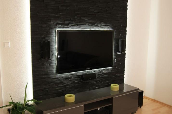 Stilvolle Wandgestaltung TV Wohnzimmer Pforzheim